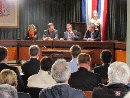 Francois Fillon vient-il à Villemomble pour demander de ne pas voter Patrice Calméjane ? dans actualité locale img_1860